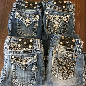 Lot of girls size 10 miss me jeans 💜